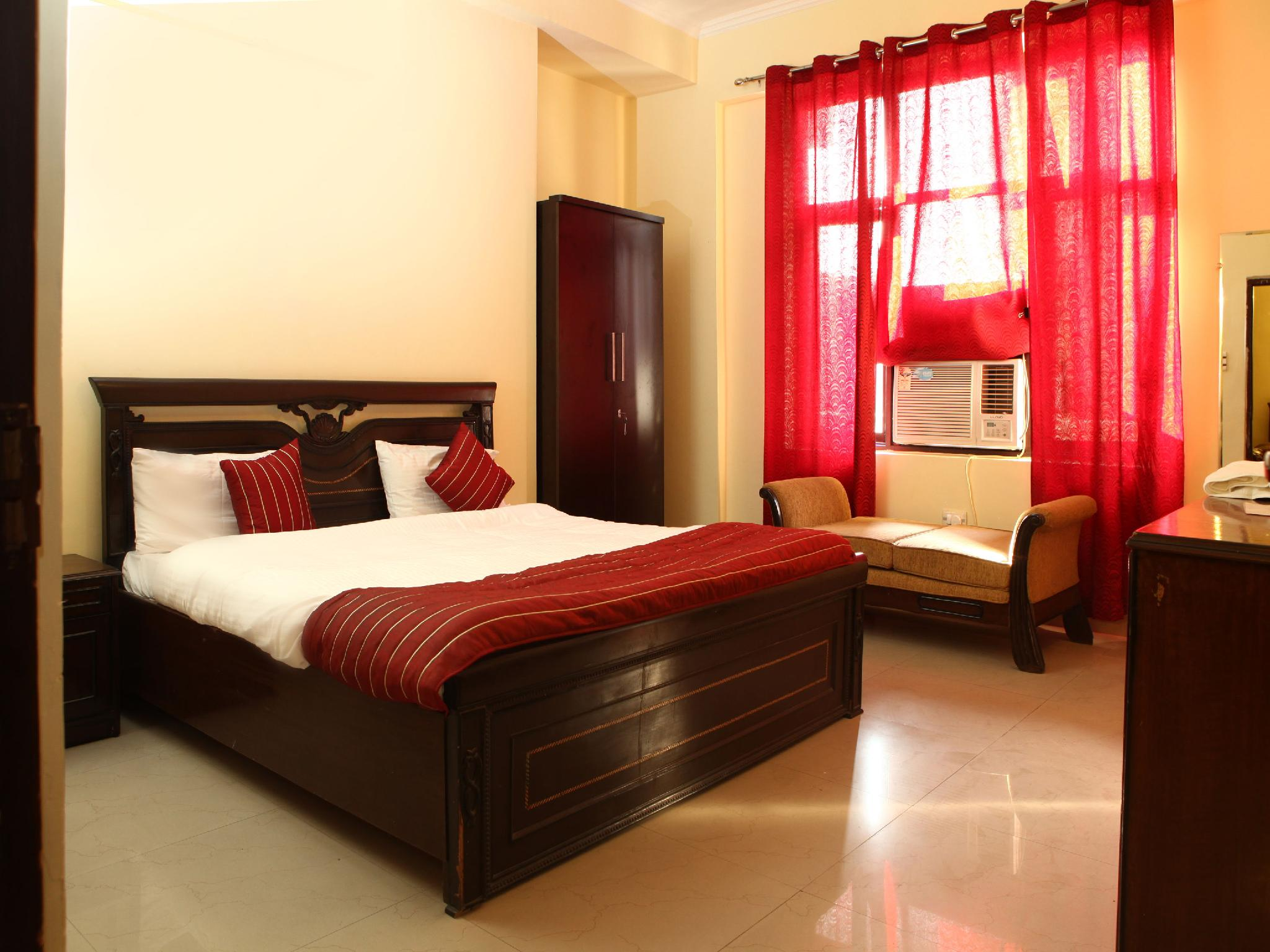 OYO Rooms - Noida City Centre Hotel