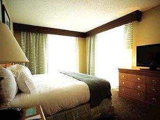 Embassy Suites Myrtle Beach-Oceanfront Resort Myrtle Beach (SC) - Guest Room
