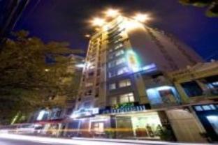 Hotell Platinum Hotel