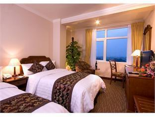 Platinum Hotel - Room type photo