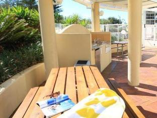 Xanadu Resort Gold Coast - BBQ