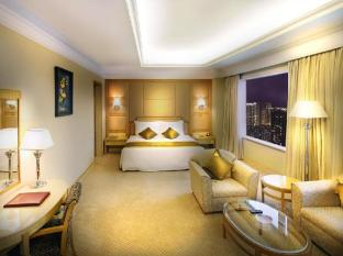 Golden Crown China Hotel Macau - Suite