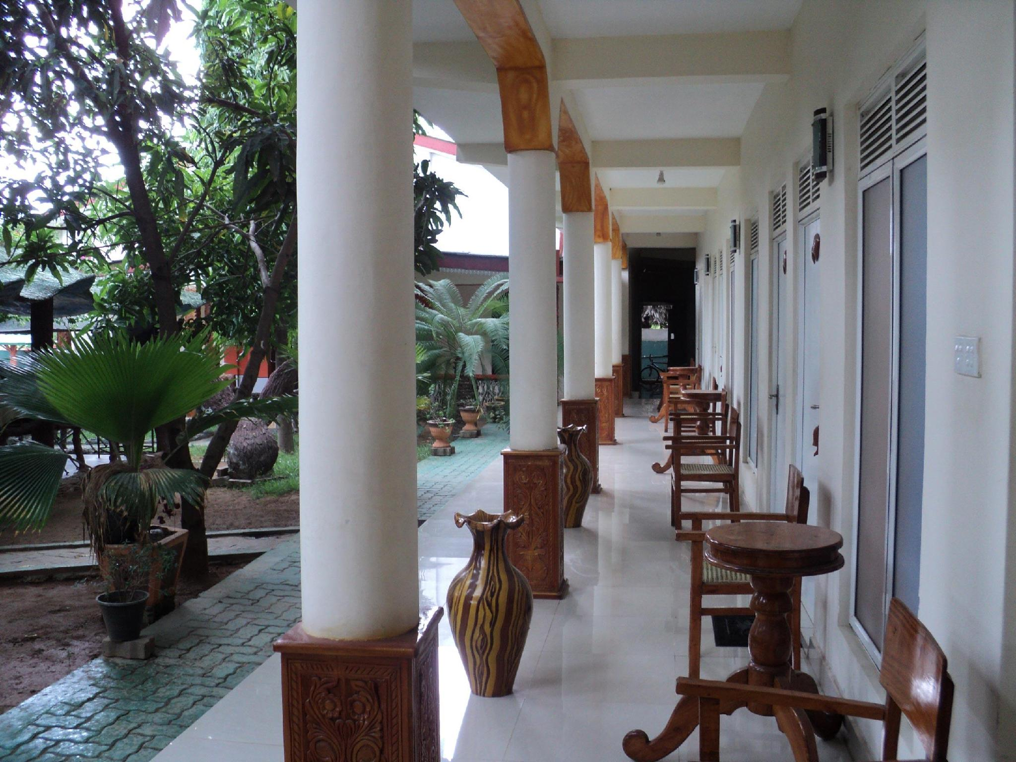 Prasanna Guest House - Hotels and Accommodation in Sri Lanka, Asia