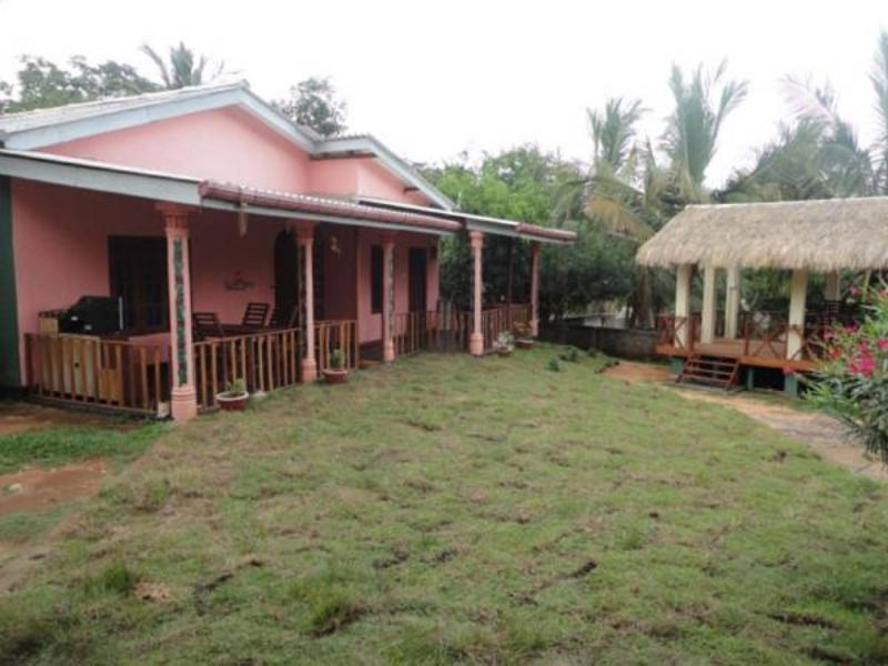 Geetha Guest House - Hotels and Accommodation in Sri Lanka, Asia