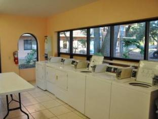 Travelodge Suites East Gate Orange Hotel Orlando (FL) - Interior del hotel