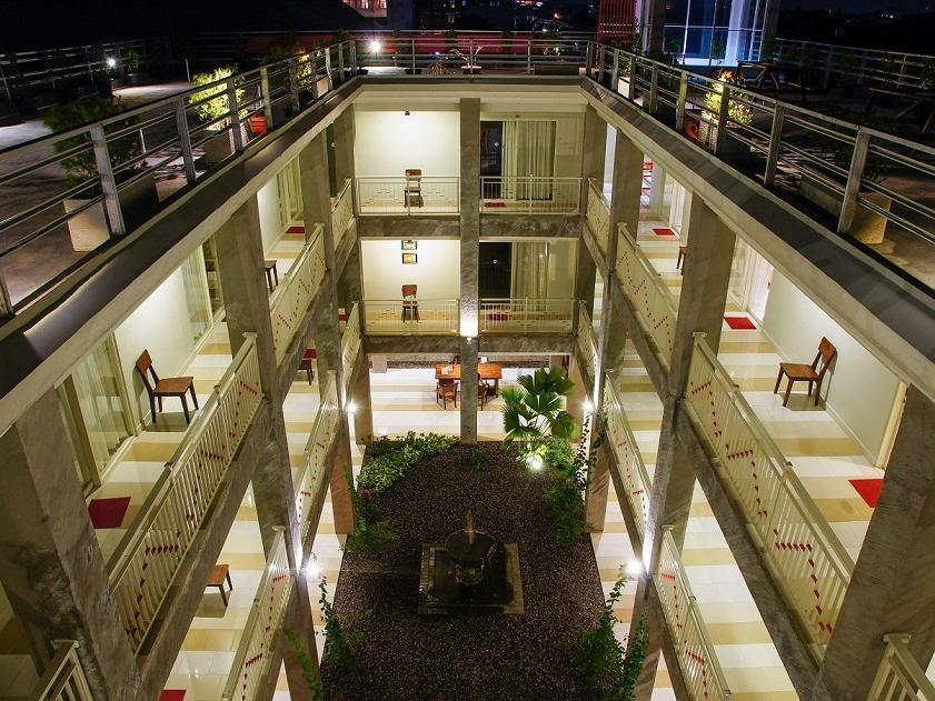 Marni Mulya Guest House - Solo (Surakarta)