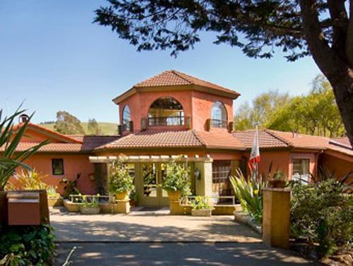Sonoma Coast Villa and Spa