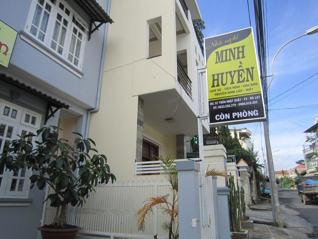 Minh Huyen Hotel - Hotels and Accommodation in Vietnam, Asia