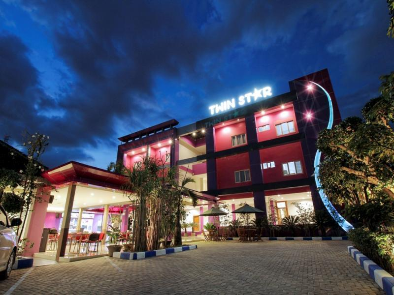 Twin Star Hotel - Hotels and Accommodation in Indonesia, Asia