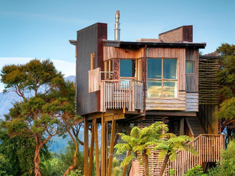 Hapuku Lodge and Tree Houses - Hotels and Accommodation in New Zealand, Pacific Ocean And Australia