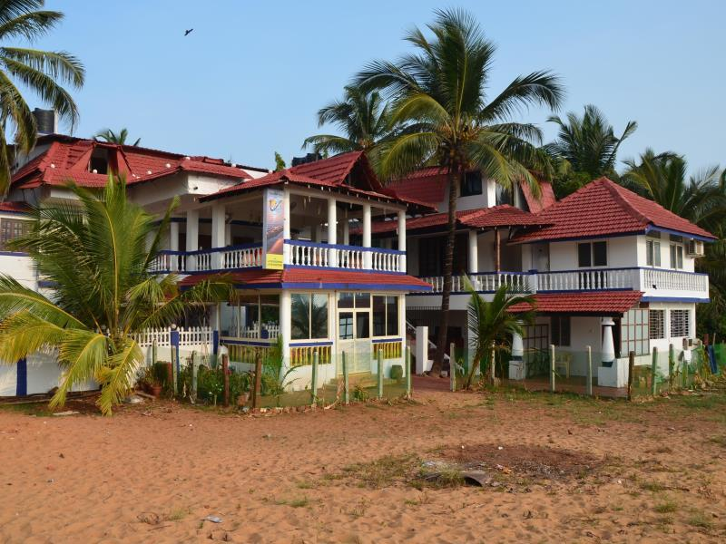 Casa Dos Reis Beach Resort