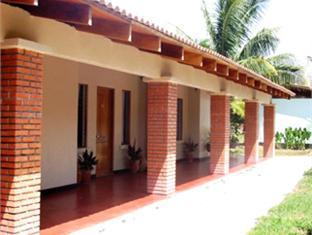 Hotel Las Espuelas, Bar & Restaurant - Hotels and Accommodation in Costa Rica, Central America And Caribbean