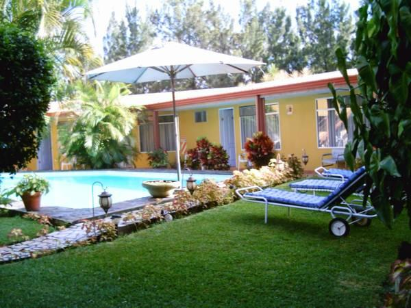 Hotel Puerta del Sol - Hotels and Accommodation in Costa Rica, Central America And Caribbean