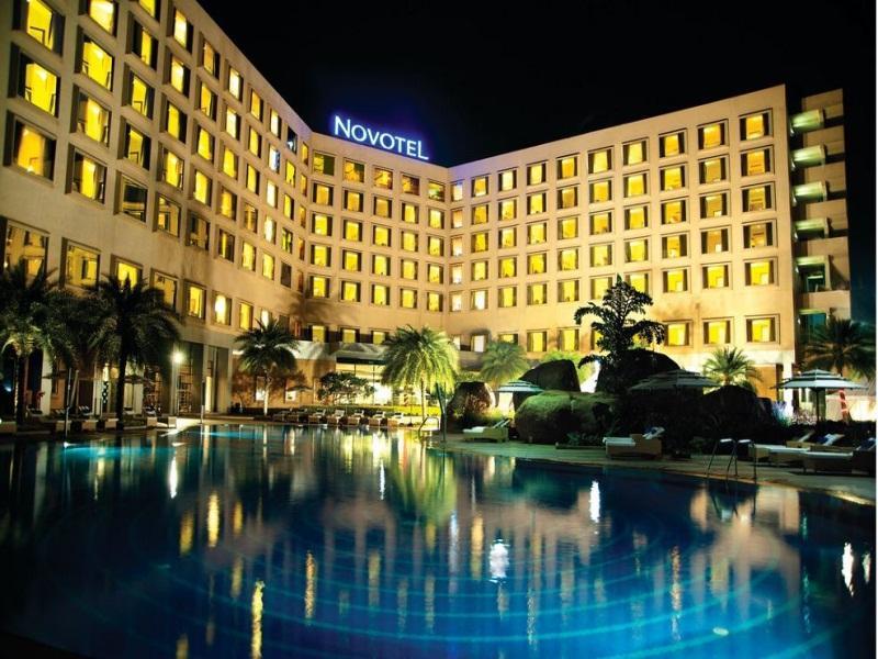 Novotel Hyderabad Convention Centre - Hotell och Boende i Indien i Hyderabad