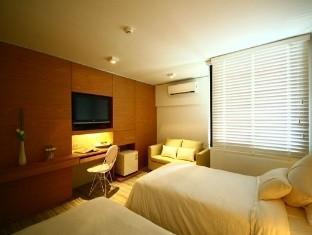 โรงแรมไอ เรสซิเดนซ์ สีลม