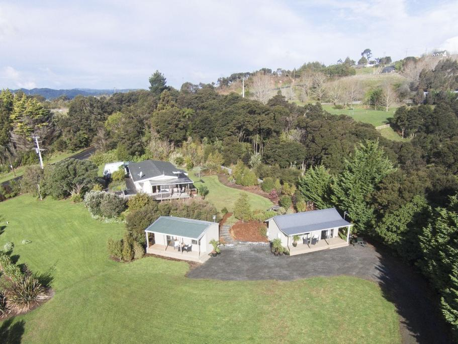 Auckland Country Cottages - Hotels and Accommodation in New Zealand, Pacific Ocean And Australia
