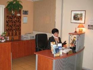 Lillekula Hotel טלין - קבלה