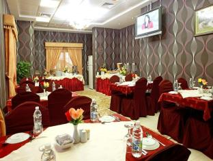 Rose Garden Hotel Apartments Bur Dubai Dubai - Food, drink and entertainment