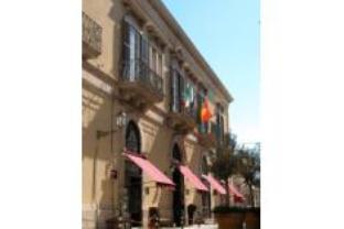法拉宫殿酒店