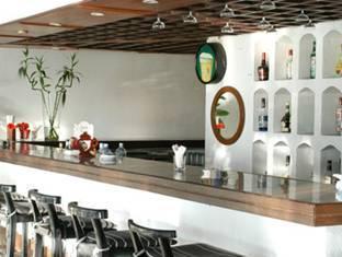 Blue Oceanic Beach Hotel Negombo - Bar