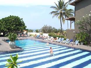 Blue Oceanic Beach Hotel Negombo - Swimming Pool