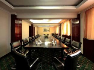 Rui Cheng Hotel - More photos