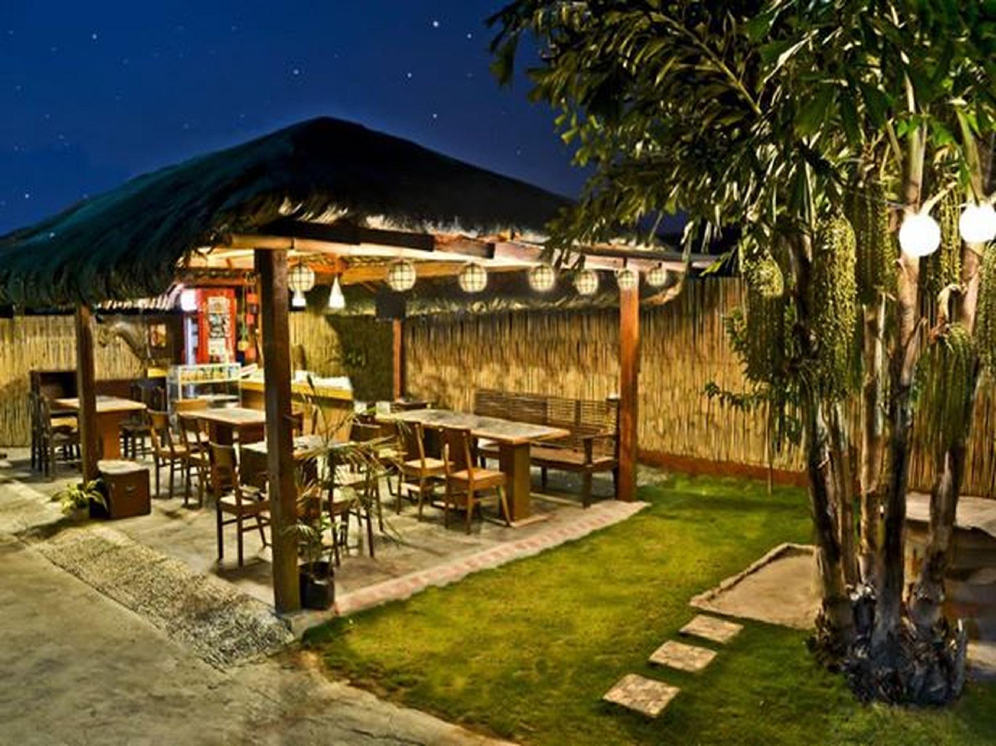 AA Travellers Pad Hotel - Laoag