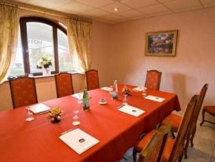 Best Western Hotel Royal Picardie Albert - Meeting Room