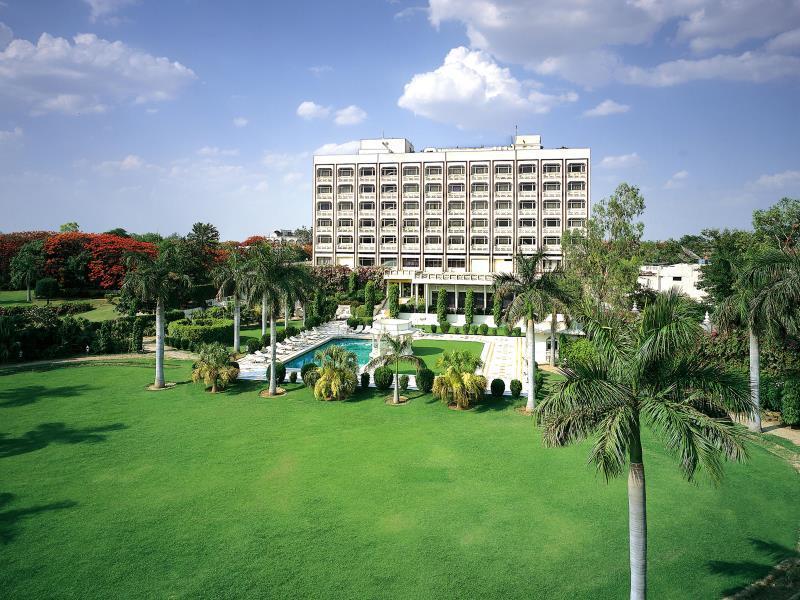 The Gateway Hotel Fatehabad Road Agra - Hotell och Boende i Indien i Agra