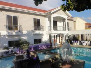 Northview Hotel Laoag - Swimming Pool