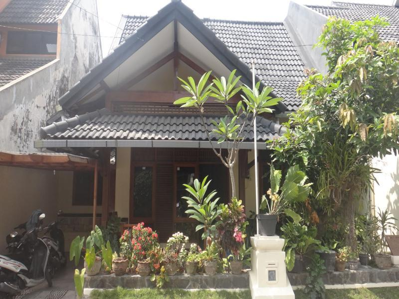 Omah Salakka Guest House Tugu Asri - Hotels and Accommodation in Indonesia, Asia