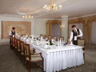 Milan Hotel Moscú - Restaurante