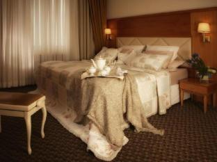 Milan Hotel Moscú - Suite