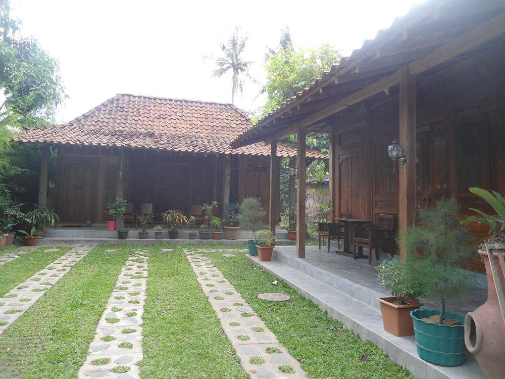 Kampung Tembi Guest House - Hotels and Accommodation in Indonesia, Asia
