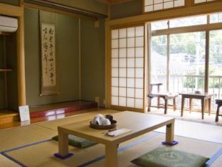 hotel Maruyasu Guest House
