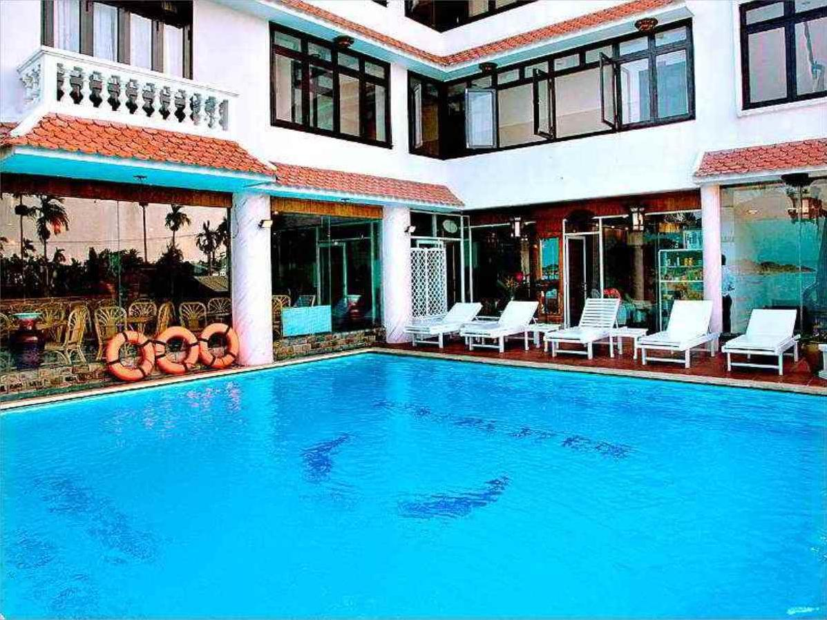 Hotell Phuoc An River Hotel
