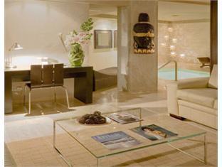 Cumberland Hotel Caracas - Hot Tub