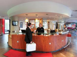 Suite Novotel Berlin Potsdamer Platz Hotel Berlin - Reception