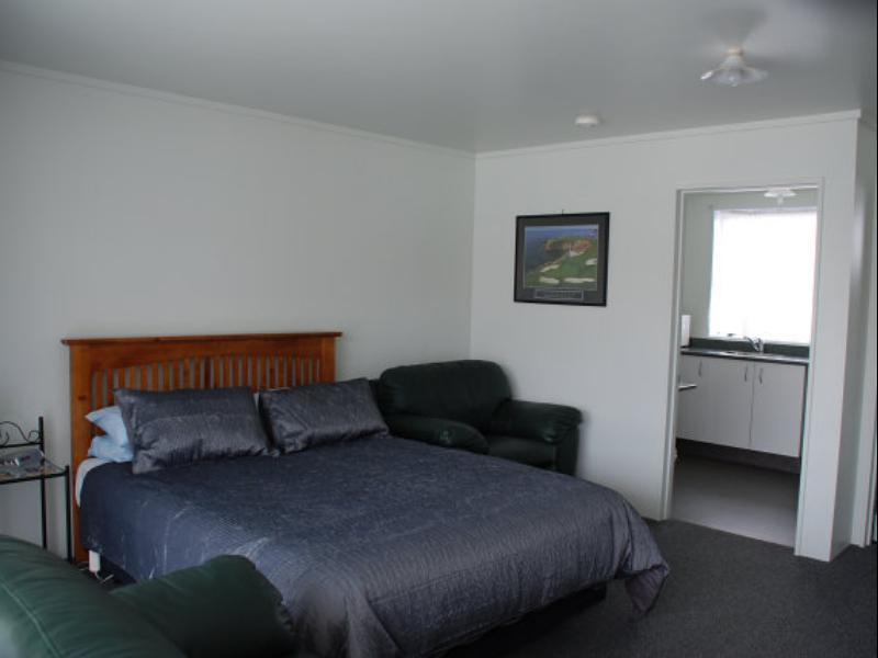 Charlton Motel - Hotels and Accommodation in New Zealand, Pacific Ocean And Australia