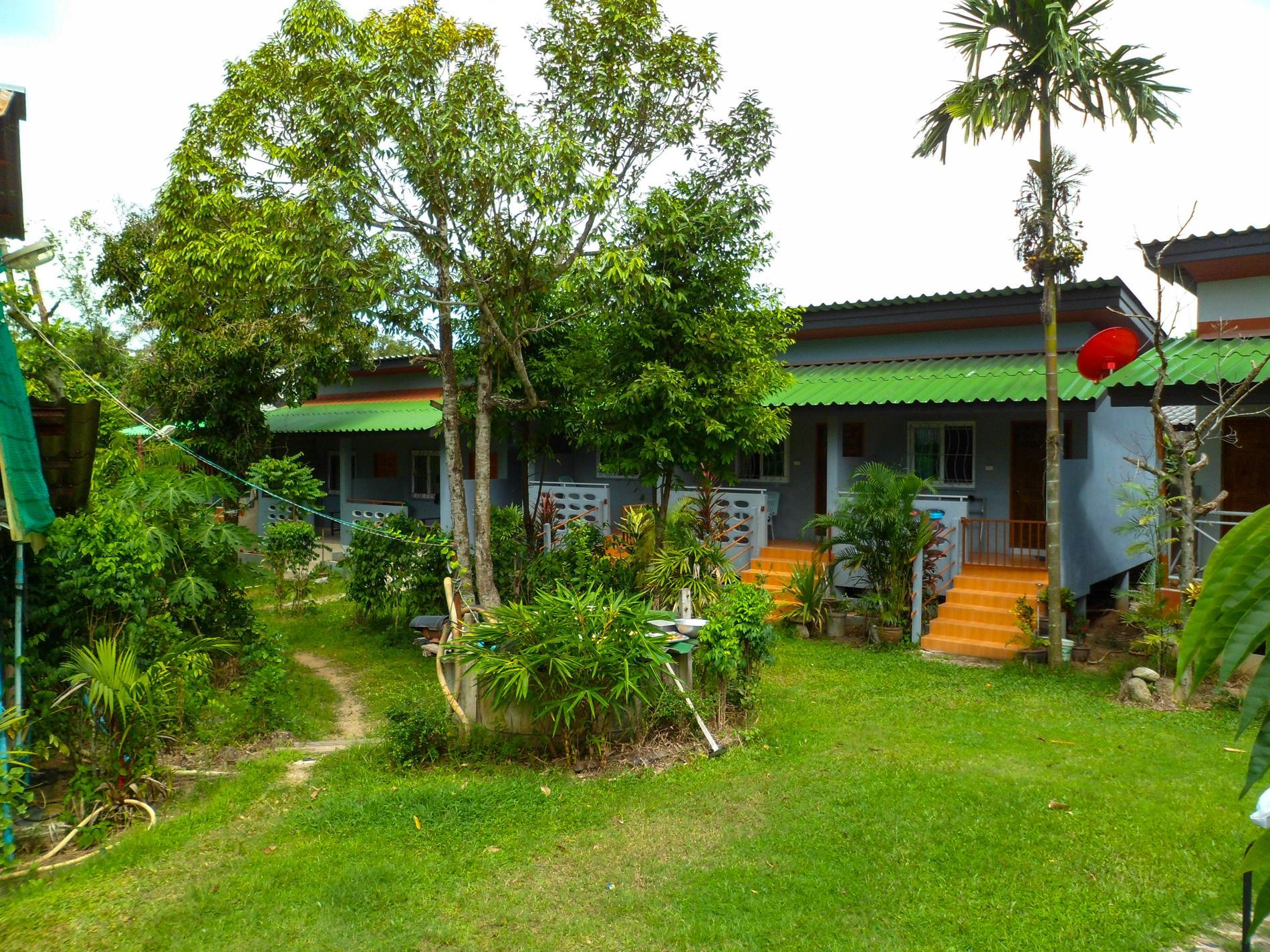 Bonus Bungalow - Hotels and Accommodation in Thailand, Asia