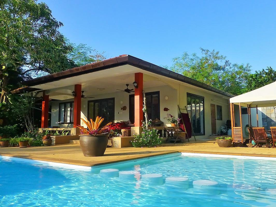 Baan Lompai Villa - 4 Bedrooms - Hotels and Accommodation in Thailand, Asia