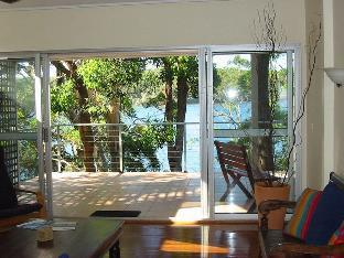 Amaroo on the Waterfront Holiday Home PayPal Hotel Pacific Palms