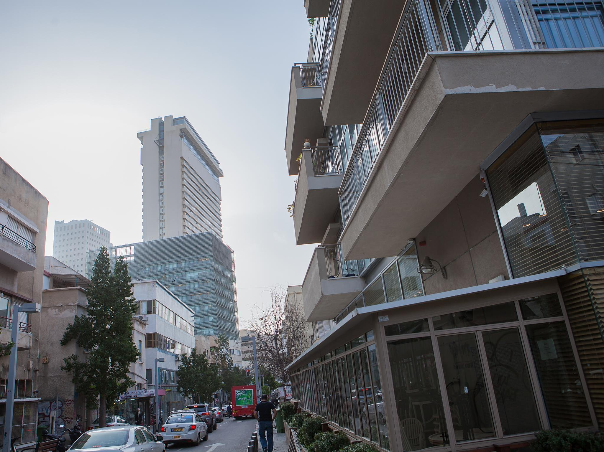 TLV Flats - Prime Location Prestigious Apartment - Hotels and Accommodation in Israel, Middle East