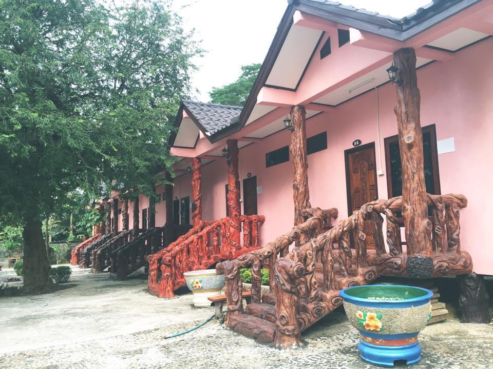 Puna Phaxok Resort - Hotels and Accommodation in Laos, Asia