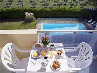 Mercure Lancon de Provence Hotel Lancon-de-Provence - Balcony/Terrace