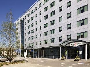 Suite Novotel Geneve Hotel Geneva - Exterior