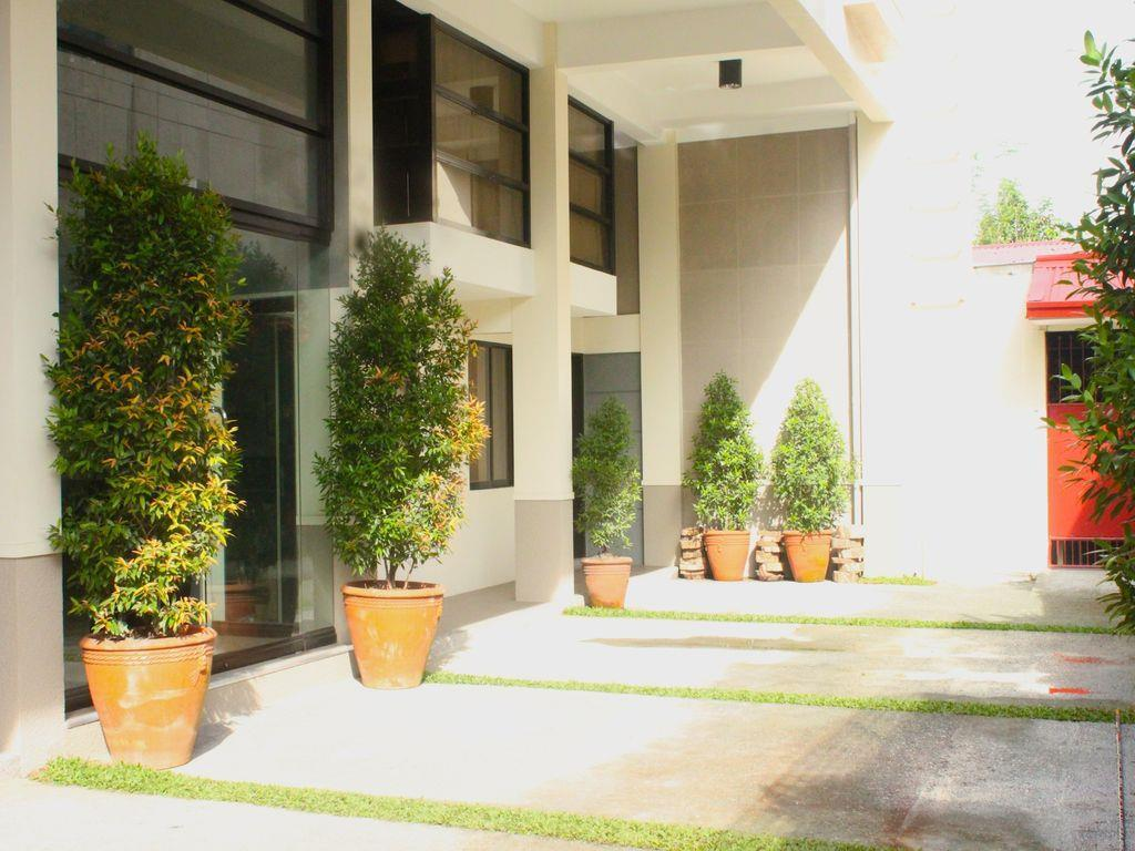 Le Beato Hotel-Style Residences - Hotels and Accommodation in Philippines, Asia