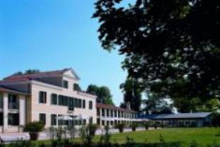 โรงแรมรีเลส โมนาโก