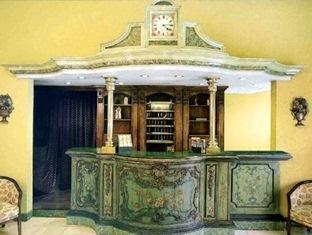 Hotel Longemalle Ženeva - avla