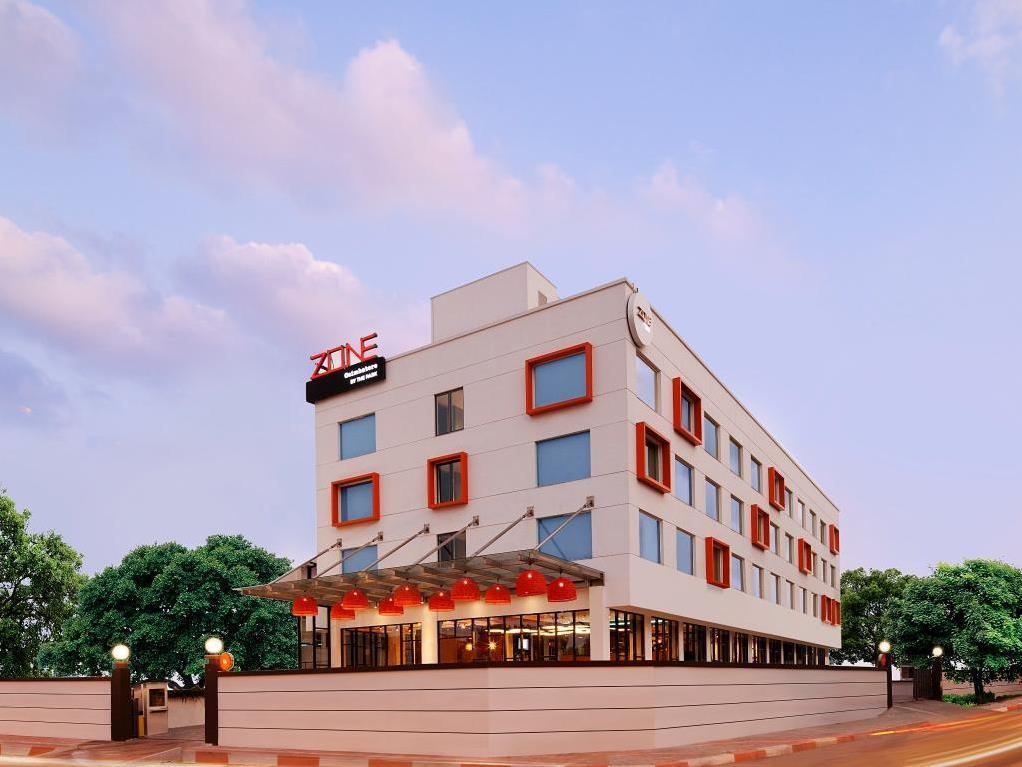 Hotel Zone By The Park - Coimbatore